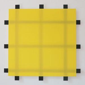 Lienhard von Monkiewitsch Gelbes Quadrat schwarzem Gitter 2004 Dispersion Acryl Pigment Holz